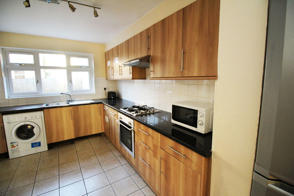 TOOTING, Private Studio Apartment (0069 HILL)